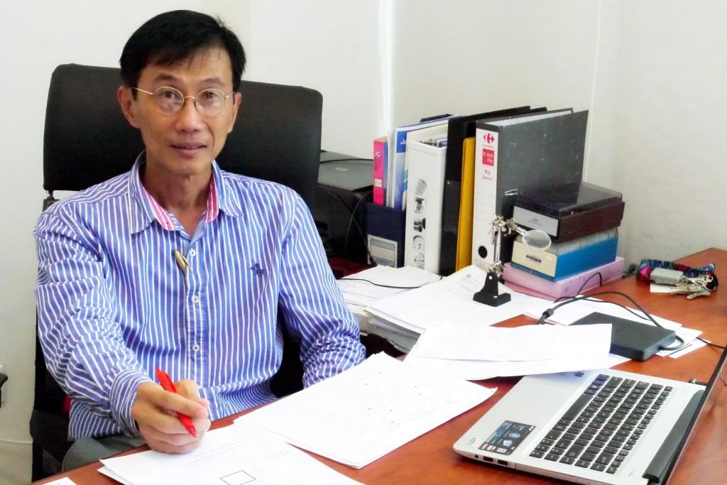 Director Loo Sin Lee